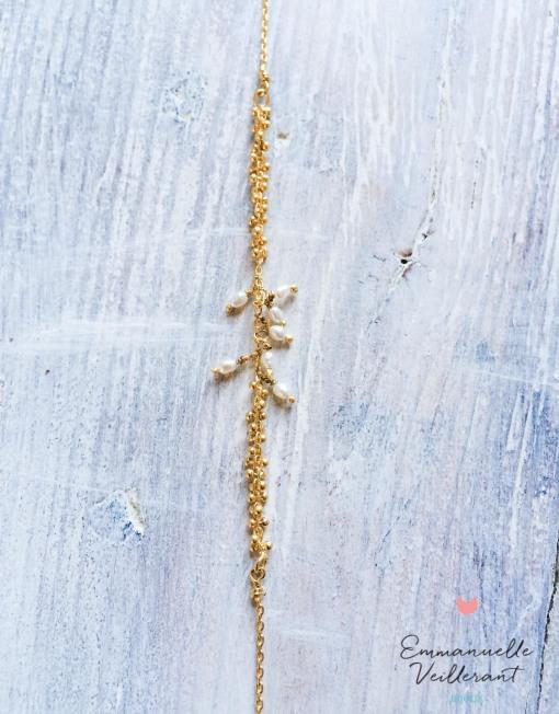 Bracelet Grappe doré à l'or fin gros plan
