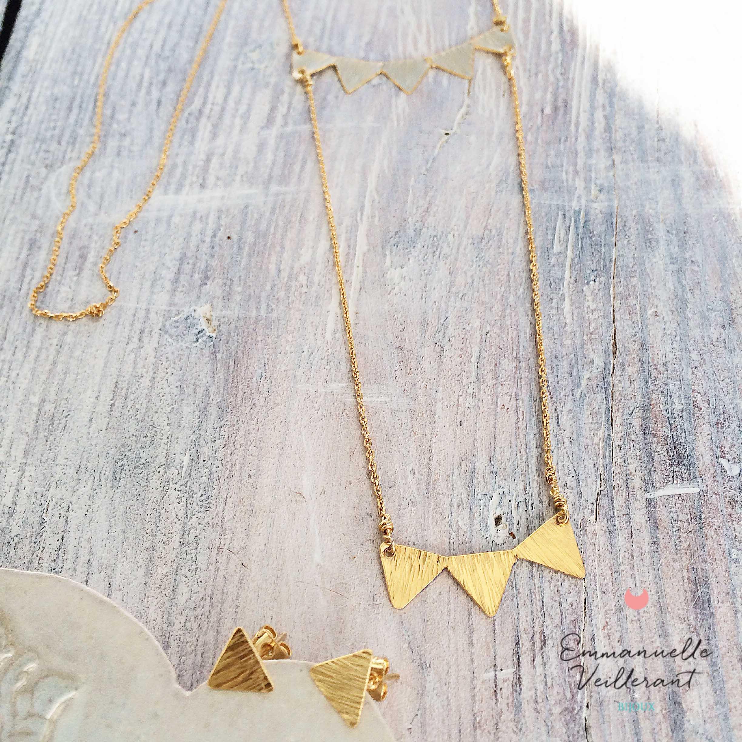 Sautoir triangles martelés doré à l'or fin